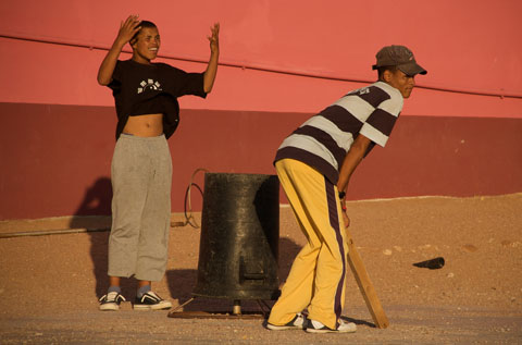 Street cricket, South Africa, 2008